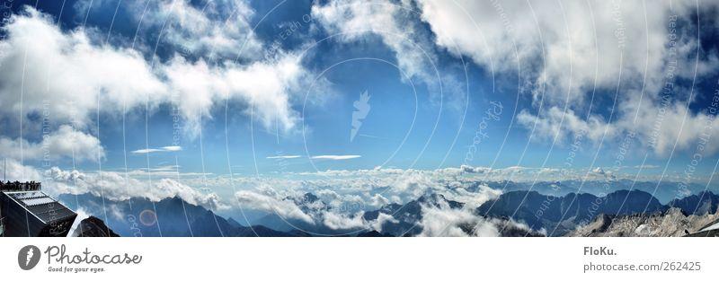Ein Blick über die Alpen Umwelt Landschaft Urelemente Erde Luft Himmel Wolken Sommer Schönes Wetter Berge u. Gebirge Zugspitze fantastisch Unendlichkeit hoch