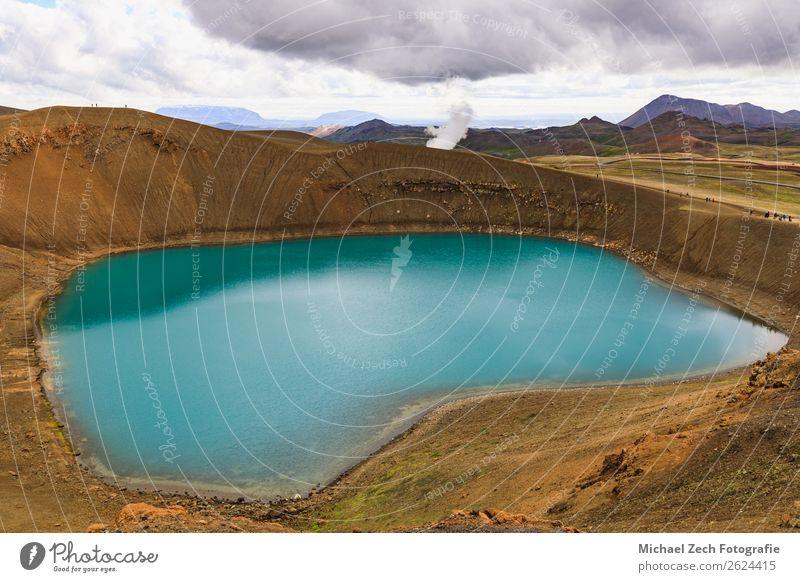Viti-Krater im geothermischen Gebiet Krafla Island im Sommer Insel Schnee Berge u. Gebirge Natur Landschaft Park Vulkan See blau grün türkis vulkanisch