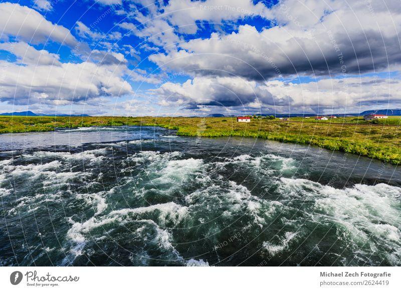 blauer Fluss unter blauem Himmel bei Myvatn im Sommer Ferien & Urlaub & Reisen Tourismus Abenteuer Insel Natur Landschaft Pflanze Hügel See wandern Ackerbau