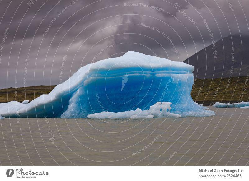 schöne Gletscherstruktur auf dem Lagunenfjallarlon Ferien & Urlaub & Reisen Tourismus Ausflug Sommer Insel Schnee Berge u. Gebirge wandern Natur Landschaft