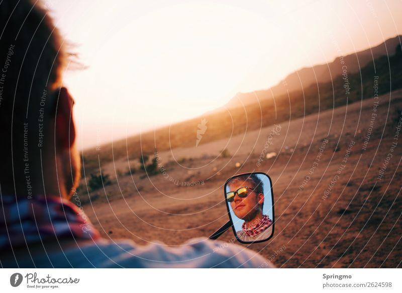 lookINtheMIRROR Lifestyle Stil Ausflug Abenteuer Freiheit Motorradfahrer Motorradfahren Mensch maskulin Junger Mann Jugendliche Kopf Gesicht 1 18-30 Jahre