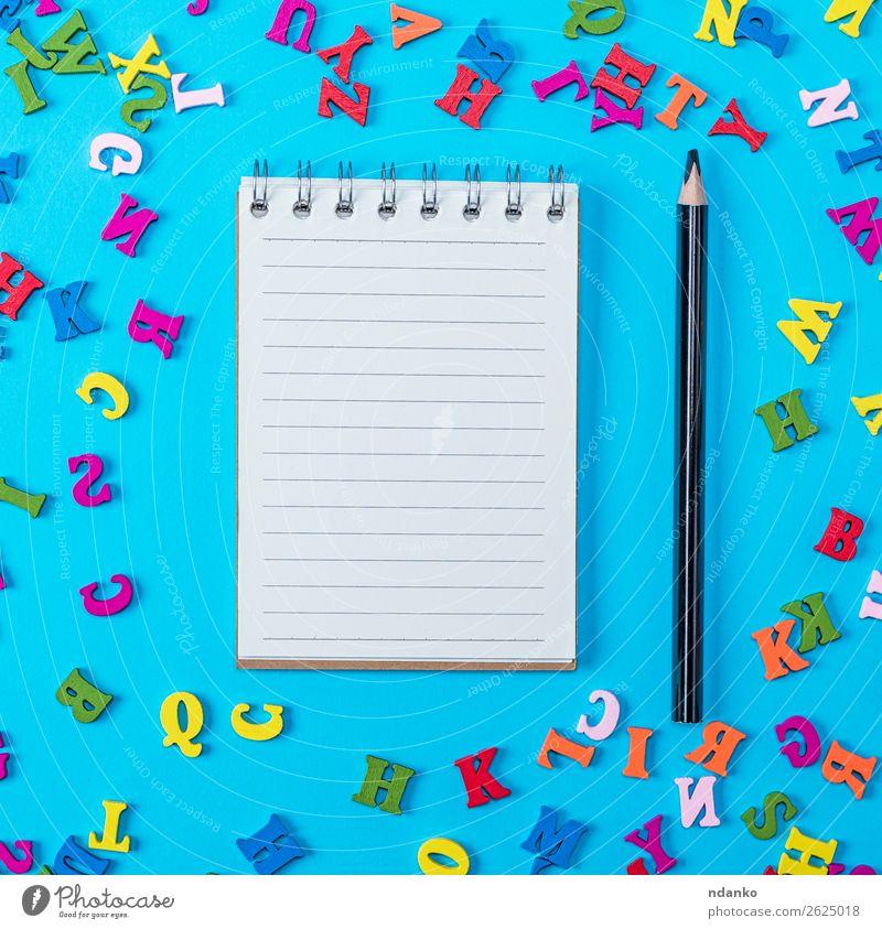 Notizbuch mit leeren weißen Blättern und schwarzem Bleistift Freude Spielen Dekoration & Verzierung Kind Schule Büro Buch Papier Zettel Schreibstift Spielzeug