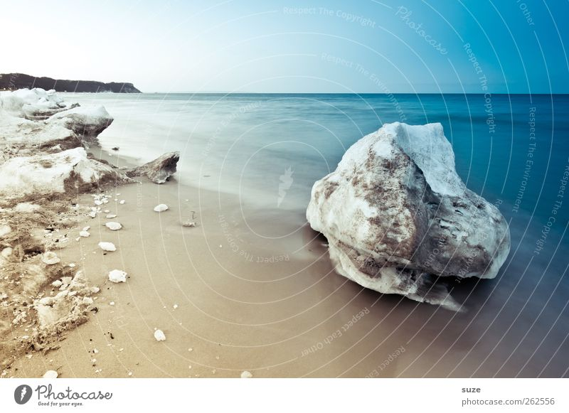 Winterfindling Umwelt Natur Landschaft Urelemente Sand Himmel Wolkenloser Himmel Horizont Klima Eis Frost Schnee Küste Strand Ostsee Meer Insel außergewöhnlich