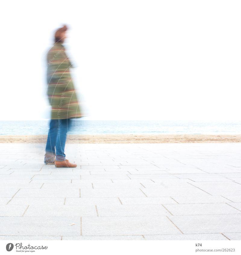 Tintin Mensch Jugendliche Meer Einsamkeit Küste hell gehen warten Junge Frau stehen Junger Mann androgyn Comicfigur
