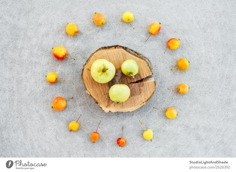 Natur Gesunde Ernährung Sommer Farbe rot Baum Lebensmittel Holz Herbst gelb natürlich klein Garten orange grau Frucht