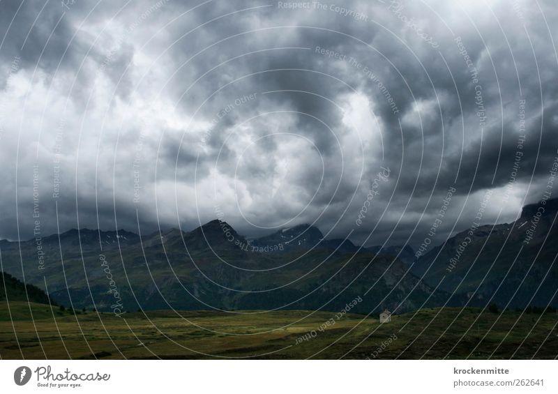Mittelerde Himmel Natur grün Wolken Umwelt dunkel Landschaft Berge u. Gebirge grau Wetter Wind Kraft Felsen wandern Kirche bedrohlich
