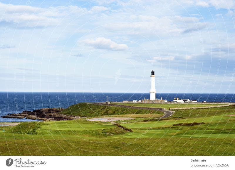 Aberdeen Umwelt Natur Landschaft Himmel Wolken Klima Schönes Wetter Gras Küste Nordsee Schottland Menschenleer Haus Leuchtturm Bauwerk Gebäude Architektur blau
