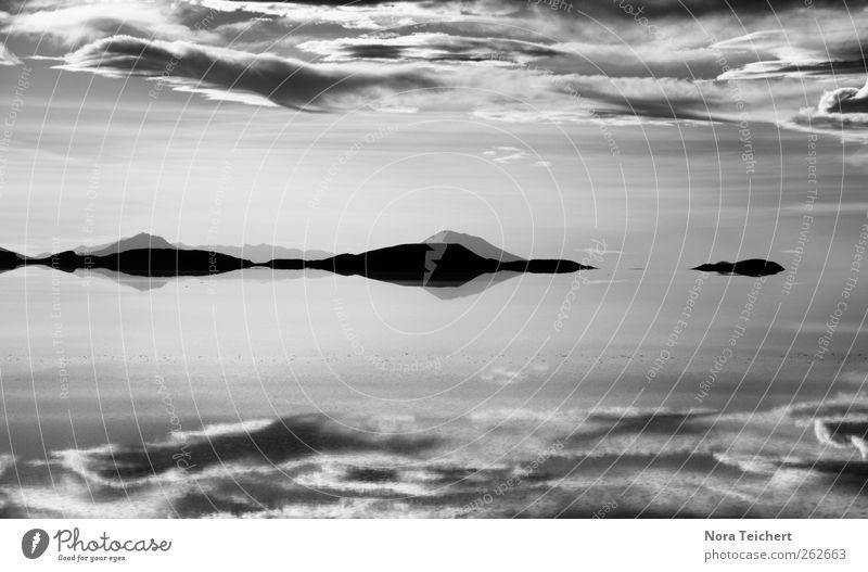 Salar de Uyuni Himmel Natur Wasser schön Ferien & Urlaub & Reisen Sommer Meer Wolken Ferne Umwelt Landschaft Herbst Berge u. Gebirge Freiheit Küste See