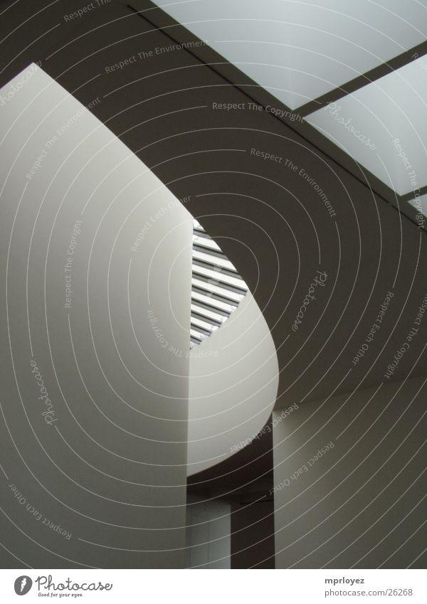 Pinakothek der Moderne 3 Kunst Licht Architektur Schatten Kurve Bewegung