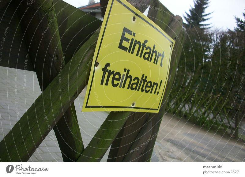 MACHT EUCH FREI! Straße einfahrt freihalten Wege & Pfade