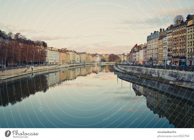 Lyoner Abendlicht Himmel blau Wasser Stadt schön Ferien & Urlaub & Reisen Wolken Haus ruhig Wand Freiheit Architektur Mauer träumen Horizont Wohnung