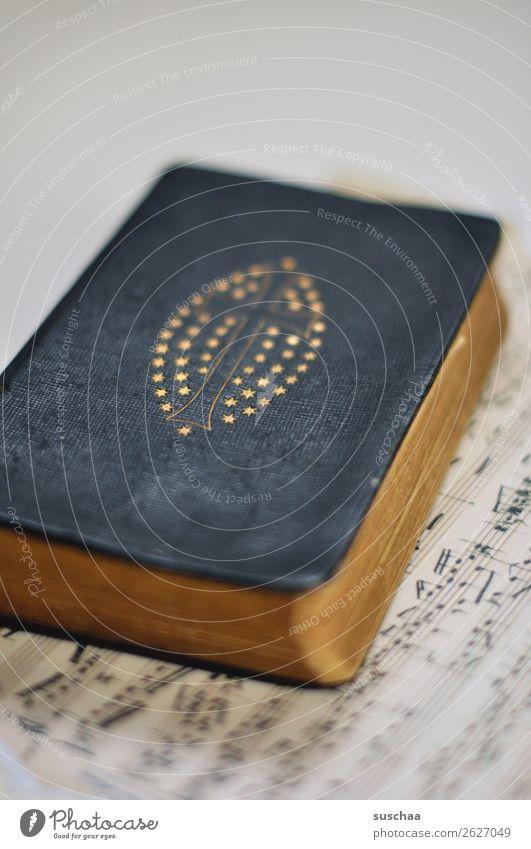 gesangsbuch Weihnachten & Advent Leben Religion & Glaube Traurigkeit Tod Musik Ostern Symbole & Metaphern Trauer Todesangst Tradition Zukunftsangst Krankheit