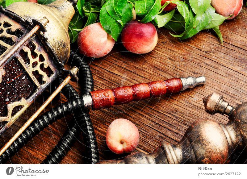 Östliche Shisha mit Pfirsich Wasserpfeifenrauch shisha Frucht Tabak nargile Rauch Nikotin Rauchen Osten Erholung arabisch Mundstück deluxe Röhren duftig