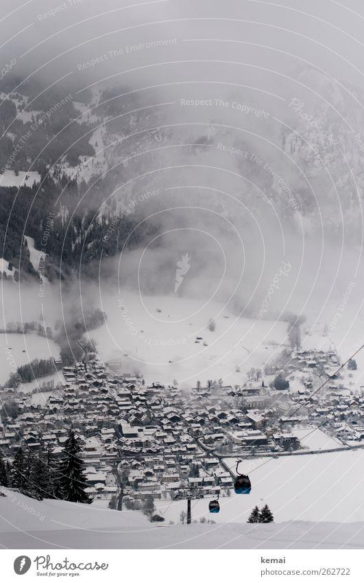 Winterlich Natur Haus Umwelt Landschaft kalt Schnee Berge u. Gebirge Eis Felsen Nebel Frost Alpen Dorf schlechtes Wetter trüb