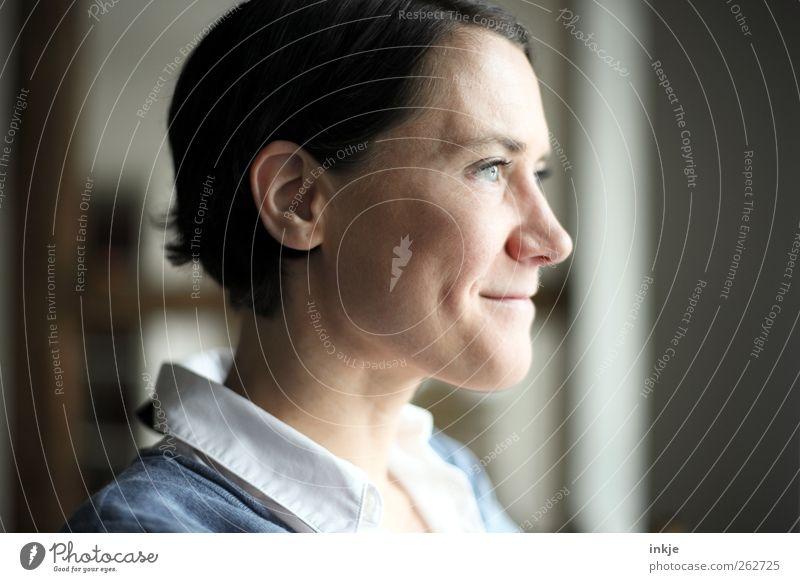 denk drüber nach - und sag ja! Mensch Freude ruhig Gesicht Erwachsene Leben Gefühle Glück Denken Stimmung Zufriedenheit Freizeit & Hobby natürlich Fröhlichkeit