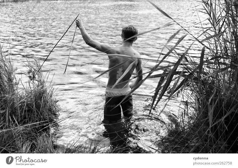 Vortasten Mensch Natur Jugendliche Wasser Ferien & Urlaub & Reisen ruhig Erwachsene Erholung Umwelt Freiheit See Körper Schwimmen & Baden Ausflug Abenteuer