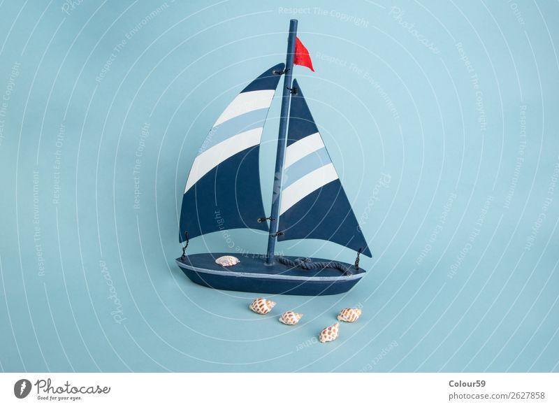 Spielzeugboot mit Muscheln Design Ferien & Urlaub & Reisen Sommer Souvenir Abenteuer Tourismus Hintergrundbild Model Marine spielzeug segelboot muscheln holz