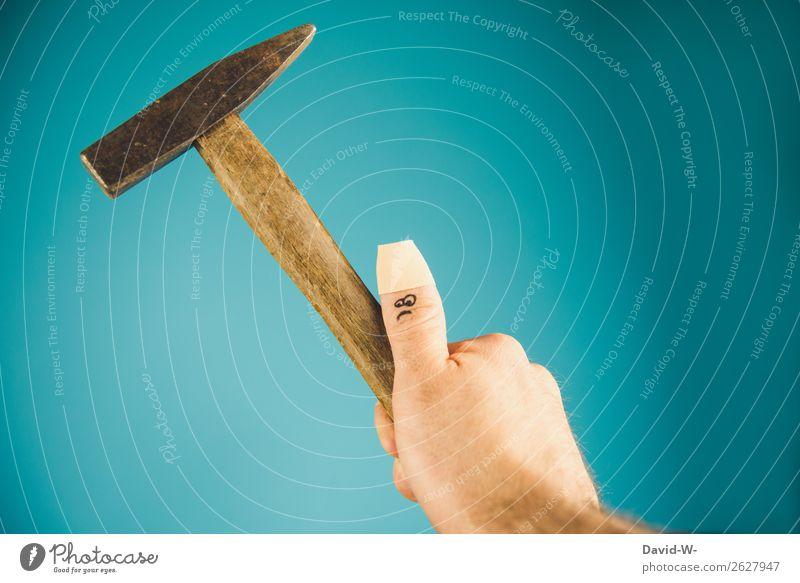handwerklich unbegabt Mensch Mann Hand Gesicht Auge Erwachsene Leben lustig Freizeit & Hobby maskulin Kreativität Finger Mund Umzug (Wohnungswechsel) Schmerz