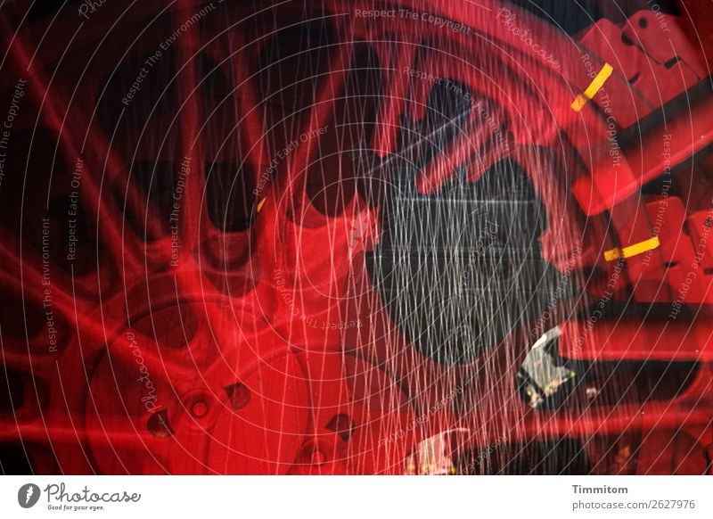 Technik Technik & Technologie Schienenverkehr Eisenbahn Dampflokomotive Metall dunkel stark gelb rot schwarz Antrieb Rad Doppelbelichtung Farbfoto Außenaufnahme