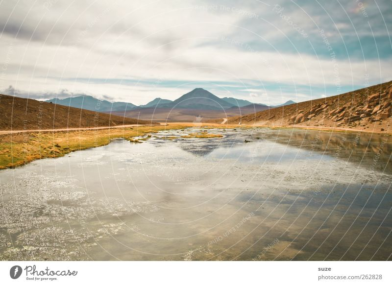 Oben wie unten Himmel Natur Sommer ruhig Umwelt Berge u. Gebirge See hell Erde Klima Reisefotografie Urelemente Schönes Wetter Gipfel Seeufer Chile