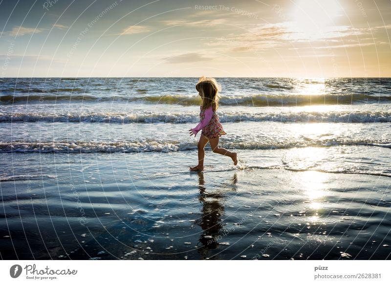 Running Ferien & Urlaub & Reisen Freiheit Sommer Sommerurlaub Sonne Strand Meer Wellen Mensch feminin Kind Kleinkind Mädchen Kindheit 1 1-3 Jahre 3-8 Jahre