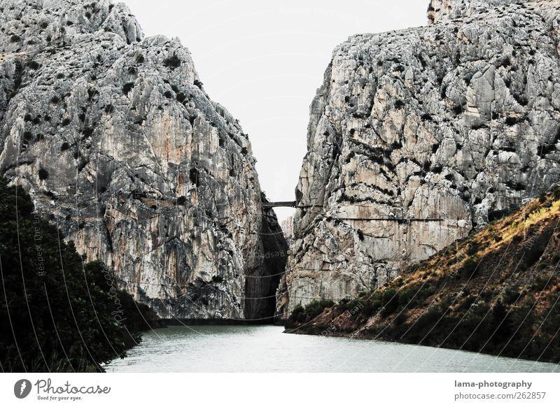 La garganta del chorro [XXVII] Ferien & Urlaub & Reisen Berge u. Gebirge grau Wege & Pfade Felsen Ausflug Abenteuer außergewöhnlich gefährlich Fluss Spanien