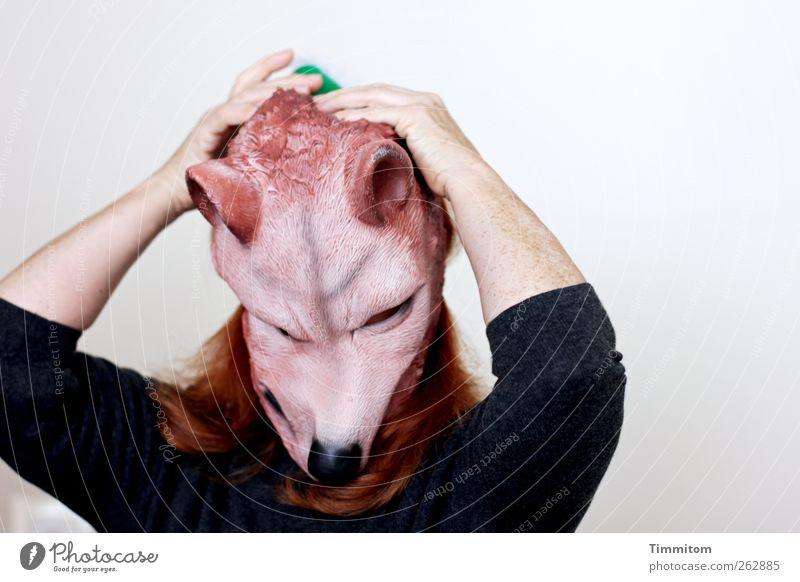 Dem Es jetzt mal Raum geben! Mensch feminin Frau Erwachsene Haare & Frisuren Arme 1 Pullover Maske rothaarig Wolf verrückt grau grün schwarz Gefühle Stimmung