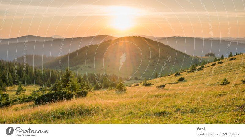 Panorama des Sonnenuntergangs in den Bergen schön Ferien & Urlaub & Reisen Tourismus Abenteuer Ferne Freiheit Sommer Berge u. Gebirge wandern Umwelt Natur