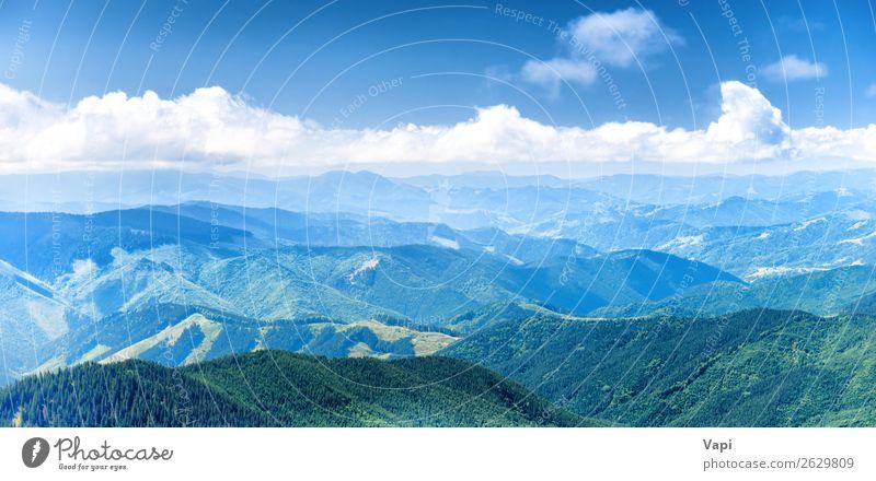 Panorama der blauen Berge und Hügel schön Ferien & Urlaub & Reisen Tourismus Abenteuer Ferne Sommer Berge u. Gebirge wandern Umwelt Natur Landschaft Himmel