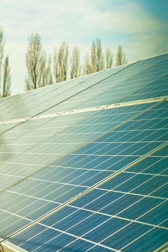 Solar Arbeit & Erwerbstätigkeit Energiewirtschaft Elektrizität Zukunft Industrie Technik & Technologie Wissenschaften Dienstleistungsgewerbe Sonnenenergie