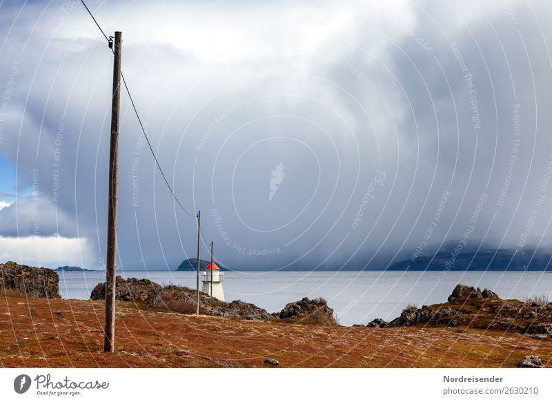 Leuchtfeuer Ferien & Urlaub & Reisen Ferne Meer Natur Landschaft Urelemente Luft Wasser Wolken Gewitterwolken Klima schlechtes Wetter Regen Berge u. Gebirge