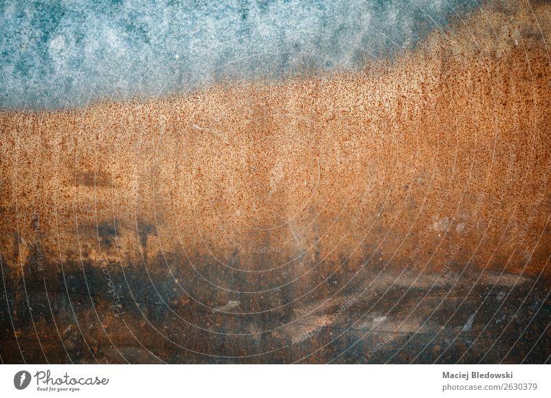 Abstrakte Grunge rostiger Wandhintergrund. Tapete Metall Stahl Rost alt dreckig dunkel authentisch gruselig blau braun Enttäuschung Schüchternheit Farbe
