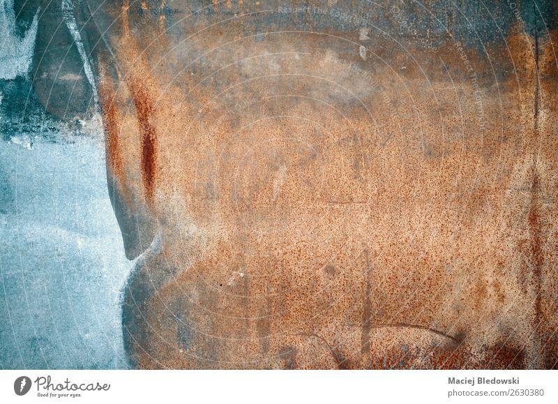 Abstrakte Grunge rostiger Wandhintergrund. Tapete Metall Stahl Rost alt dreckig dunkel authentisch gruselig retro Traurigkeit Trauer Angst Schüchternheit Farbe
