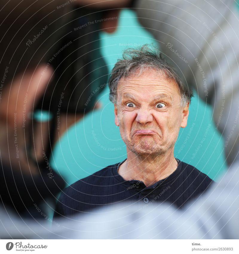 Verwandlung | »Mach mal was ...« Mensch Mann Freude Erwachsene Leben lustig Gefühle außergewöhnlich maskulin Kommunizieren Kreativität warten Idee