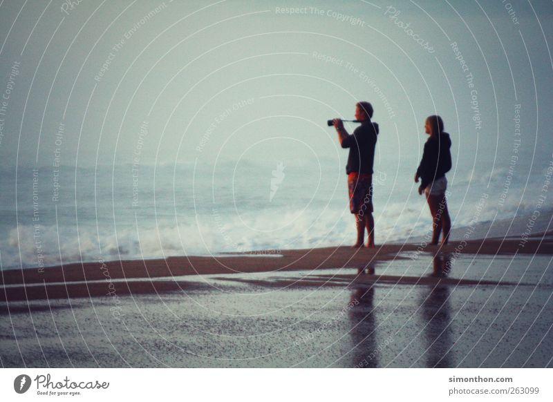 meer ausblick Mensch Frau Mann Ferien & Urlaub & Reisen Wasser Sommer Meer Strand Glück Paar Zusammensein Fotografie stehen beobachten Sommerurlaub Liebespaar