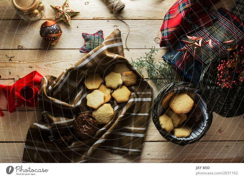 Frau Weihnachten & Advent schön rot Hand Lebensmittel Erwachsene Holz Stil braun oben Dekoration & Verzierung retro Aussicht Tisch Geschenk