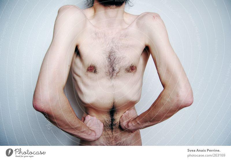 skurrilität III maskulin Junger Mann Jugendliche Erwachsene Körper Haut Brust Arme Hand Bauch 1 Mensch 18-30 Jahre Mauer Wand dünn gruselig Farbfoto