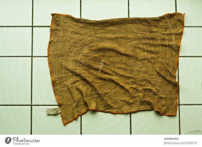 Lappen Reinigen Sauberkeit Fliesen u. Kacheln Objektfotografie Vogelperspektive sanitär Wischen Tuch Putztuch