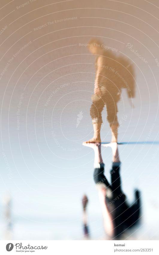 Der Strandgeher Ferien & Urlaub & Reisen Sommer Sommerurlaub Meer Sandstrand Mensch maskulin Mann Erwachsene Leben Körper Arme Beine Fuß 1 45-60 Jahre stehen