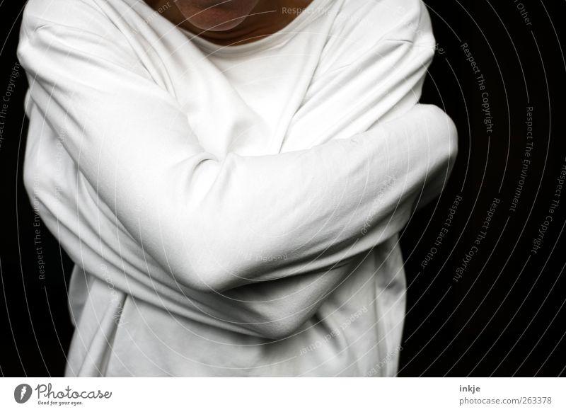 Zwang Mensch ruhig Gefühle Stimmung Körper Angst Arme wild Sicherheit bedrohlich festhalten Wut Konflikt & Streit Pullover Aggression Umarmen