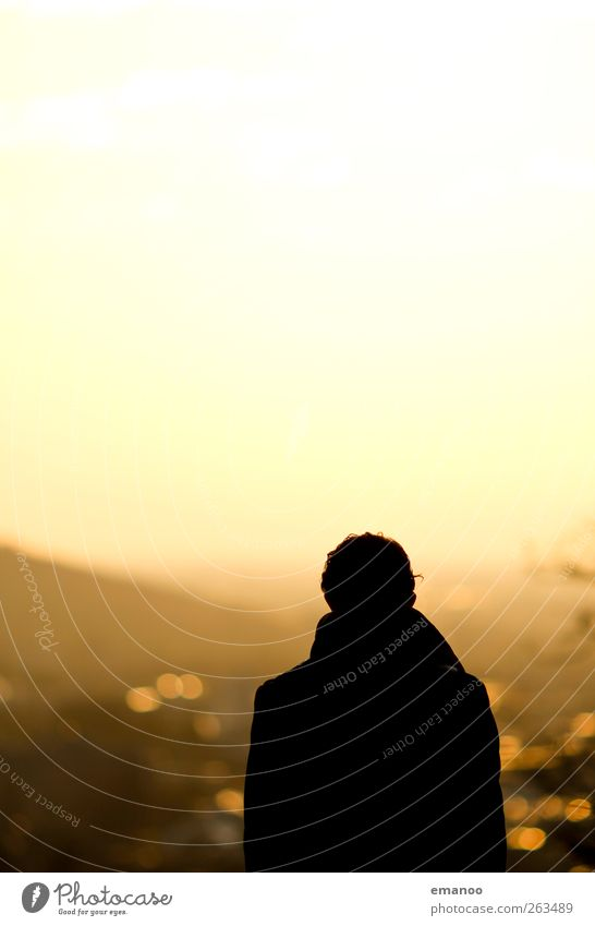 golden sunset Lifestyle Freude Freizeit & Hobby Ferien & Urlaub & Reisen Sightseeing Städtereise Mensch maskulin Mann Erwachsene Körper 1 Himmel Sonne