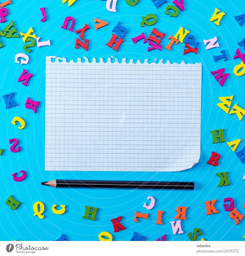 weißes Blatt aus einem Notizbuch gerissen Freude Dekoration & Verzierung Kind Schule Büro Papier Zettel Schreibstift Spielzeug Holz schreiben natürlich blau