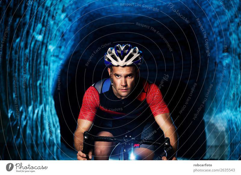 Mensch Natur Mann Sommer Sonne Straße Lifestyle Erwachsene Sport Menschengruppe Aktion Abenteuer Fahrradfahren Fitness Geschwindigkeit Asphalt