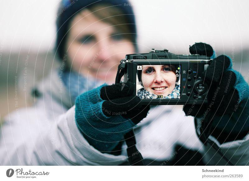 Portrait vom Selbstportrait Mensch Frau Jugendliche schön Gesicht Erwachsene Auge Leben feminin kalt Kopf lachen Freizeit & Hobby Mund natürlich Nase
