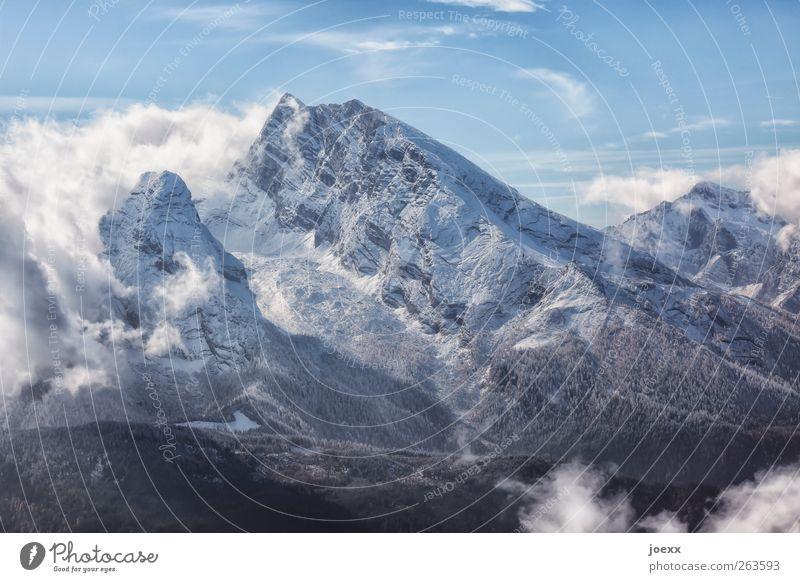 Urgestein Landschaft Luft Himmel Wolken Schönes Wetter Wind Schnee Berge u. Gebirge Schneebedeckte Gipfel gigantisch groß hoch blau grau schwarz weiß kalt Natur