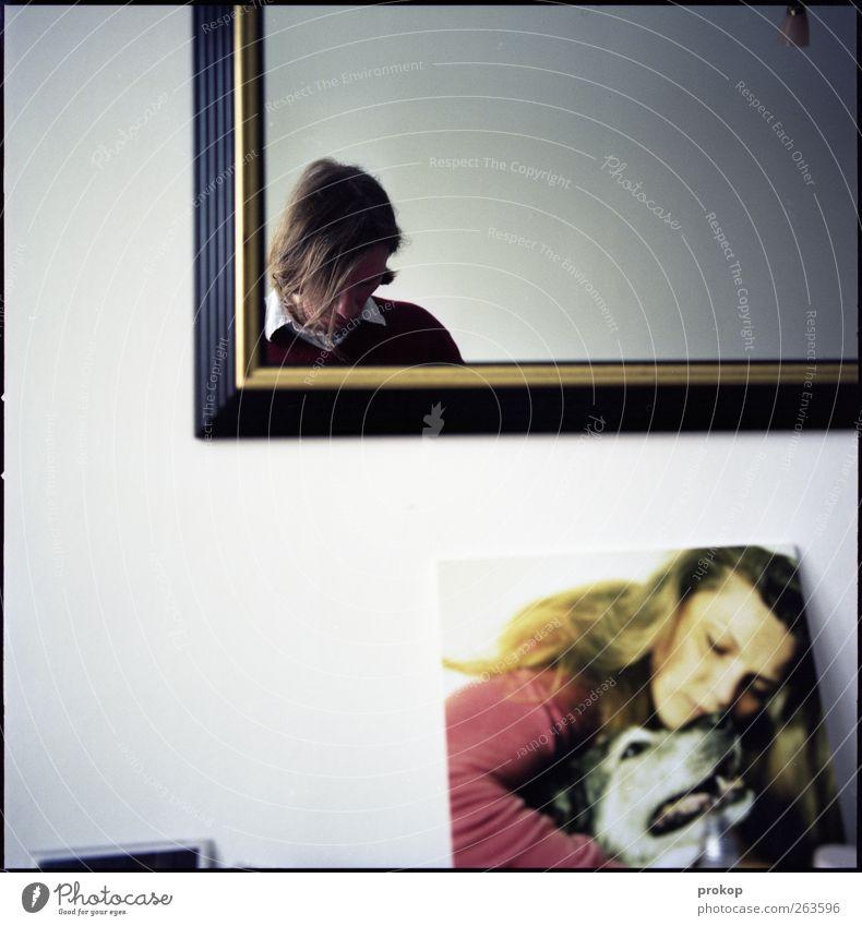 Selbstportrait mit Freunden Mensch Frau Hund Mann Jugendliche Tier ruhig Erwachsene Leben feminin Gefühle Freundschaft Zusammensein Zufriedenheit maskulin