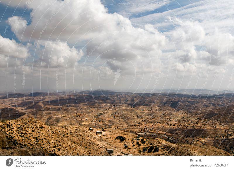 HerbstHimmel Natur Ferien & Urlaub & Reisen Wolken Ferne Landschaft Berge u. Gebirge Horizont Wind Klima natürlich Abenteuer Tourismus Reisefotografie Wüste