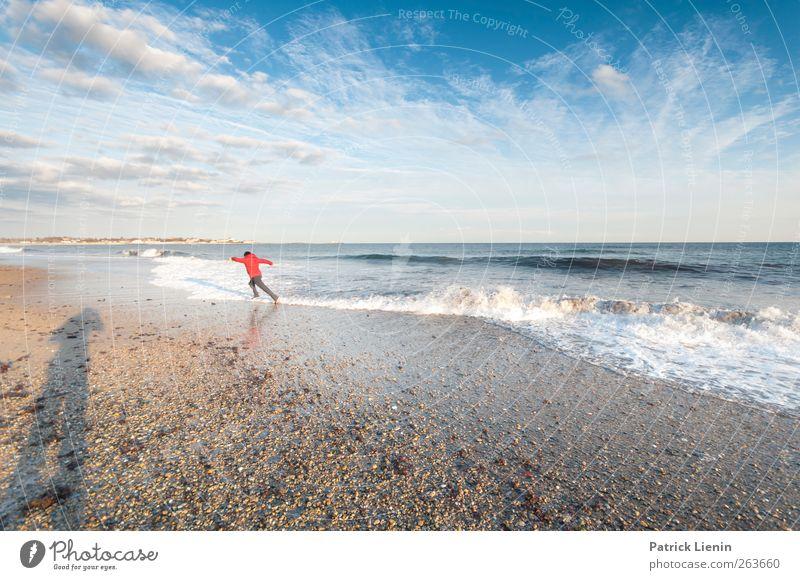 run run run Mensch maskulin Junger Mann Jugendliche 1 Umwelt Natur Landschaft Sand Luft Wasser Himmel Wolken Schönes Wetter Wind Wellen Küste Strand Meer rennen