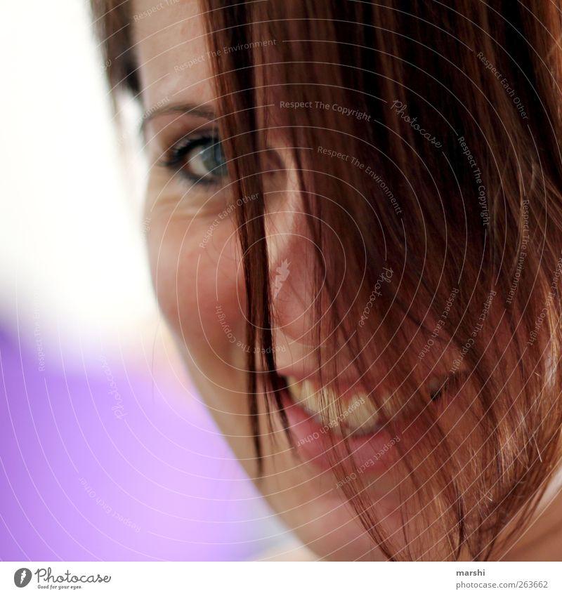 Lächeln, auch wenn Stil Mensch feminin Junge Frau Jugendliche Erwachsene Kopf Haare & Frisuren Gesicht 1 18-30 Jahre lachen Gefühle Stimmung Glück Fröhlichkeit