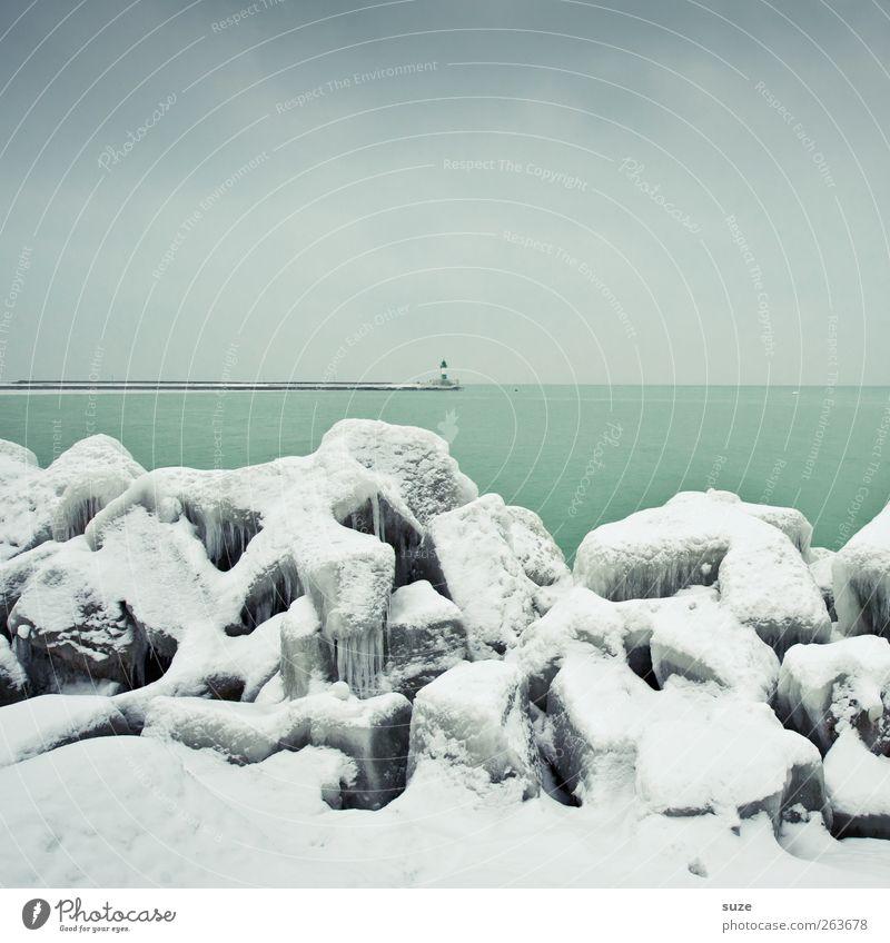 Grüne Mole Umwelt Natur Landschaft Urelemente Luft Wasser Himmel Wolkenloser Himmel Horizont Winter Klima Wetter Eis Frost Schnee Küste Ostsee Meer Leuchtturm